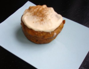 Spiced Pumpkin Apple Cupcakes w/ Cream Cheese Frosting